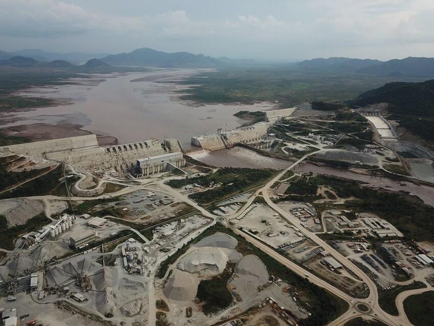 에티오피아가 2011년부터 나일강에 짓고 있는 '그랜드 에티오피아 르네상스 댐'의 건설 모습. 주 르완다 에티오피아 대사관 트위터