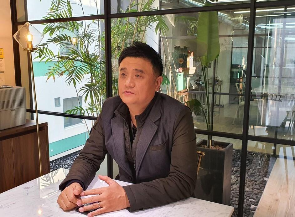 국내 최대 마스크 생산업체인 '웰킵스' 박종한 대표. 박 대표 제공