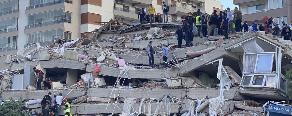 터키·그리스, 규모 7.0 강진으로 최소 27명 사망