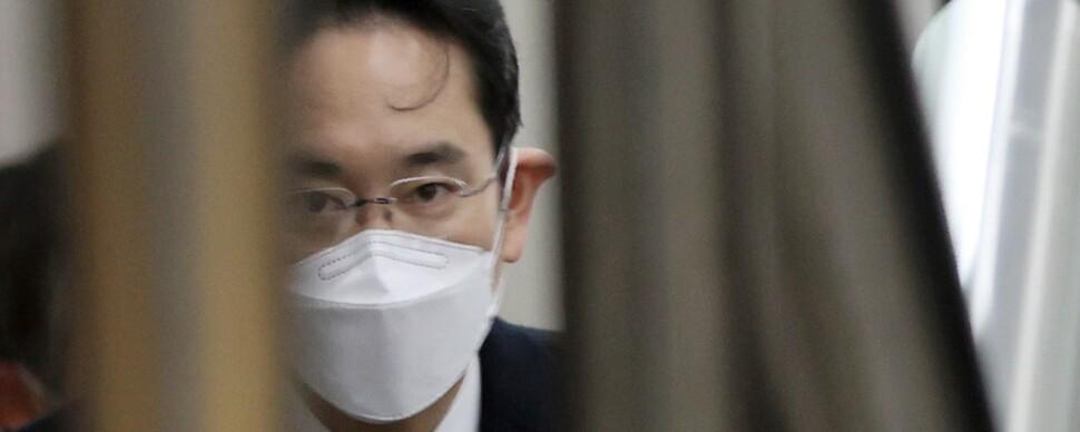 """""""형 집행중 경영 불가"""" 첫 판결…이재용, '옥중경영' 힘들듯"""