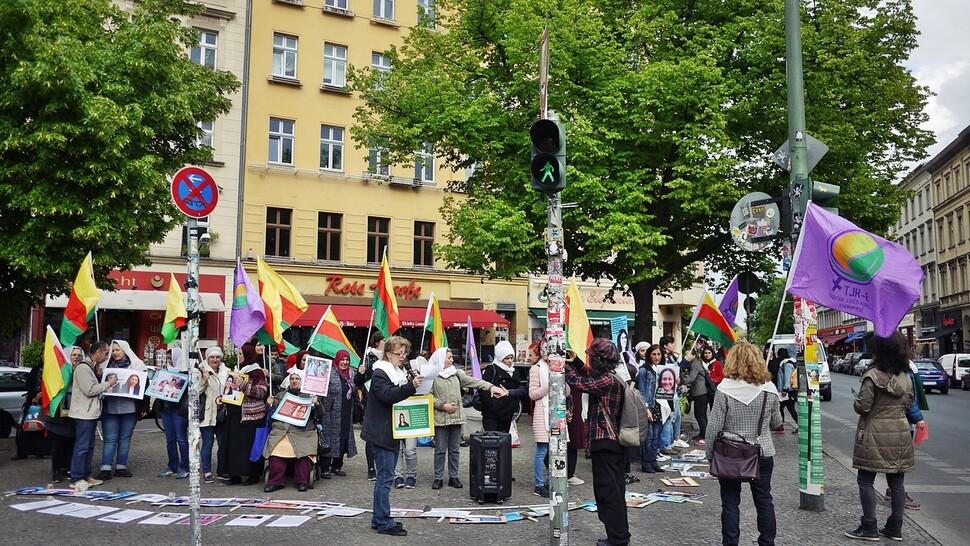 지난해 5월 '사회주의 여성연합' 주도로 열린 터키 여성 정치인의 단식투쟁을 지지하는 독일 베를린 집회 모습. 채혜원 제공