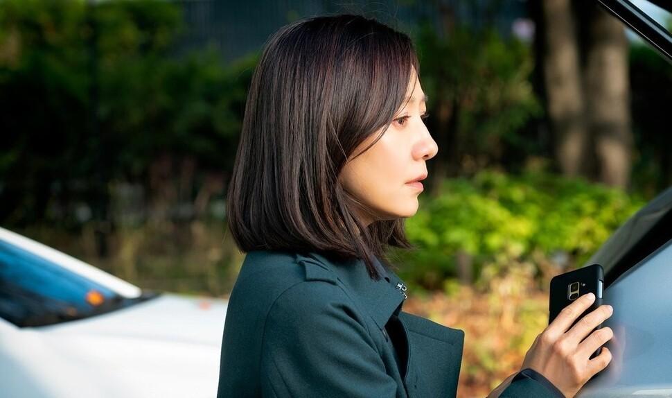 """'부부의 세계' 김희애 """"장면마다 산 넘어 산이었다"""""""