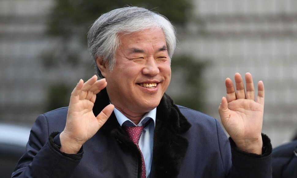 전광훈 목사 구속…'공직선거법 위반'