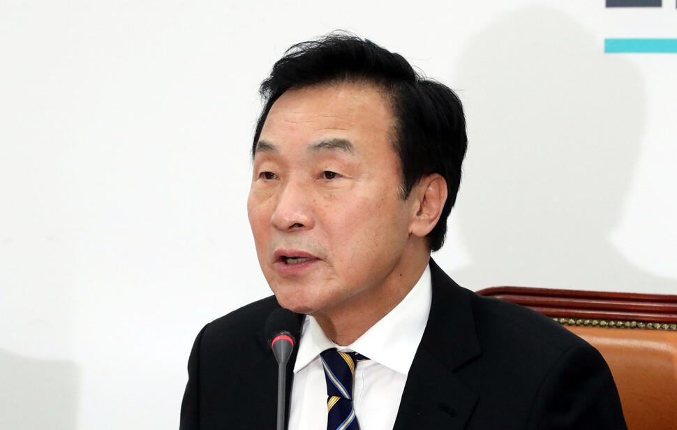 """손학규 """"24일 당 대표 사임…평당원으로 백의종군"""""""