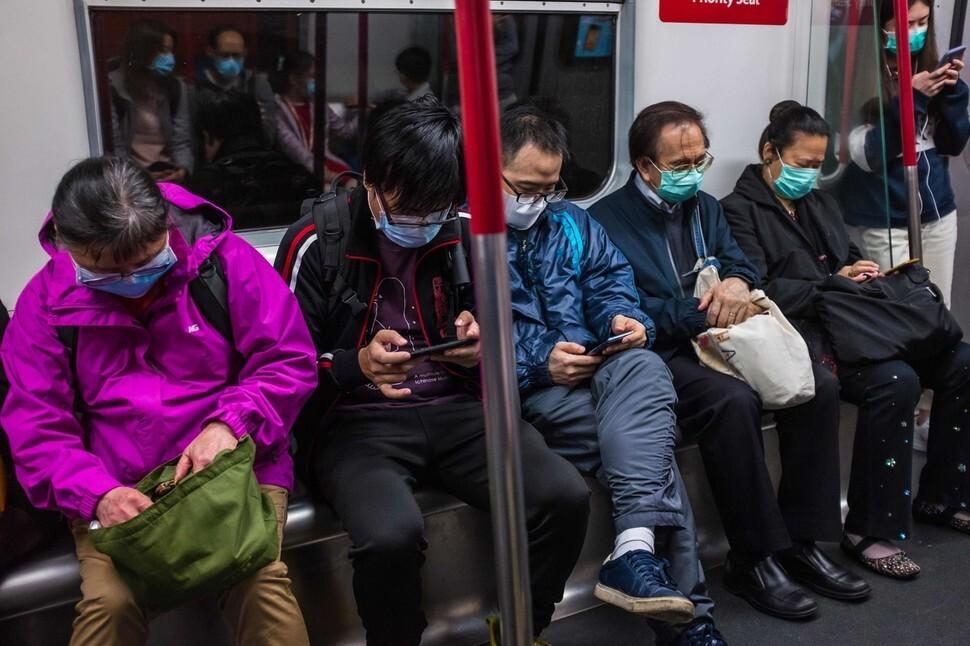 28일부터 중국서 오는 모든 입국자 '건강상태질문서' 제출 의무화