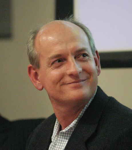 최근 <어떻게 인간과 공존하는 인공지능을 만들 것인가>를 펴낸 스튜어트 러셀 버클리대 교수. 페그 스코핀스키 제공