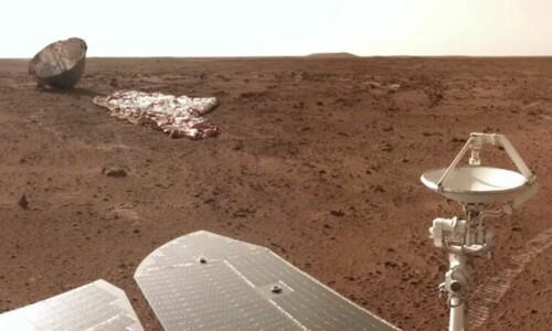 낙하산·덮개 옆을 지나가는 중국 화성 탐사차
