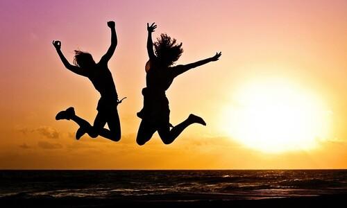 행복과 의미도 좋지만…제3의 '좋은 삶', '심리적 풍요'서 온다
