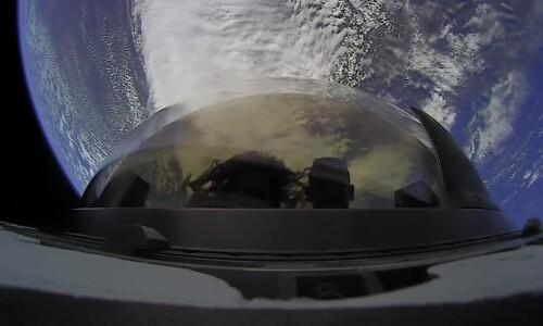 3일간 일출·일몰 최소 25번 봤다…저궤도 우주관광팀 귀환