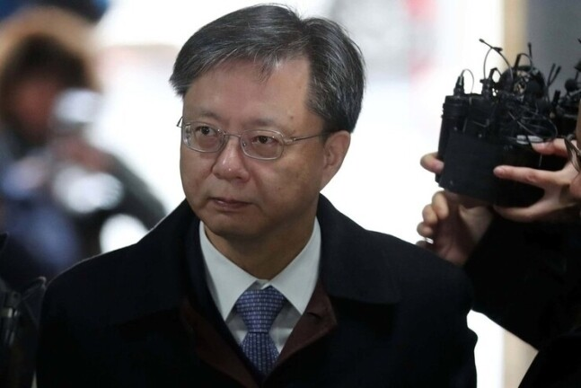 Woo Byung-woo sentenced to 1 year in prison for 'illegal surveillance' Not guilty of 'aiding government-run Nongdan' – Hankyoreh