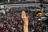 [社説]あきらめないミャンマー市民、希望の手を差し出した光州