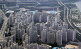 ホン・ナムギ副首相、不動産政策失敗の反省なしに「住宅価格は最高水準」